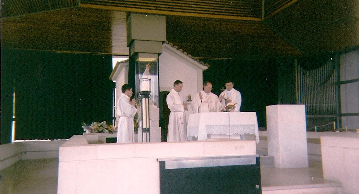 Fatima-celebrando-misa